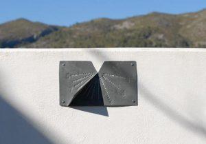 reloj de sol de zinc